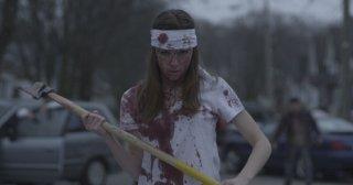 Una battagliera Michelle Mylett nel film Antisocial