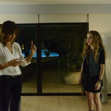 Satisfaction: Stephanie Szostak e Michelle DeShon nel pilot