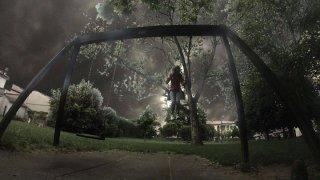 Un'inquietante sequenza dell'episodio Ombre nell'horror P.O.E. - Pieces of Eldritch