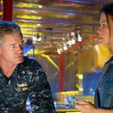 The Last Ship: Rhona Mitra ed Eric Dane nell'episodio El Toro