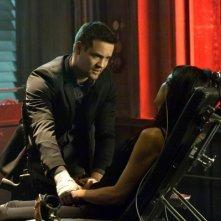 Nikita: Shane West nell'episodio Impossibile salvare tutti