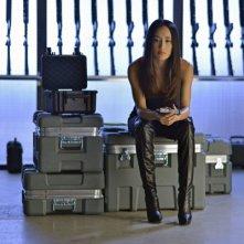 Nikita: Maggie Q nell'episodio La mano invisibile