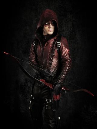 Arrow: Colton Haynes in un'immagine promozionale per la terza stagione