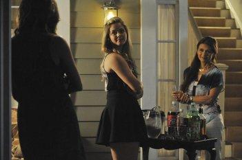 Pretty Little Liars: Sasha Pieterse nell'episodio The Silence of E. Lamb