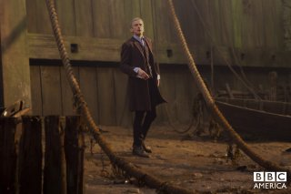 Doctor Who: Peter Capaldi in un momento dell'episodio Deep Breath