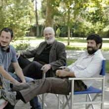 Senza nessuna pietà: Michele Alhaique, Ninetto Davoli e Pierfrancesco Favino sul set