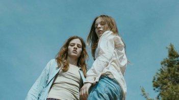Cure: The Lif of Another,  Sylvie Marinkovic e Lucija Radulovic in una scena del film