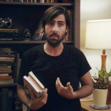 Listen Up Philip: Jason Schwartzman in una scena del film