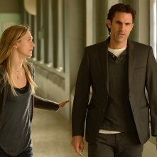 The Divide: Paul Schneider e Marin Ireland in una scena