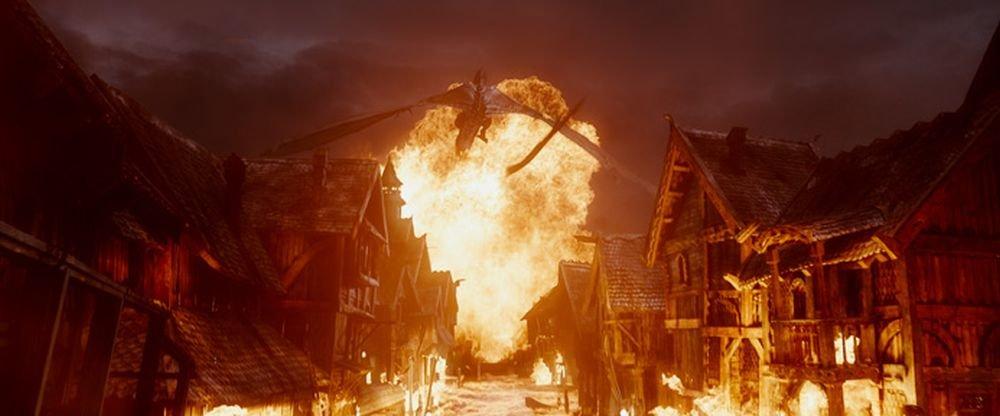Lo Hobbit: La Battaglia delle Cinque Armate: una infuocata scena del film