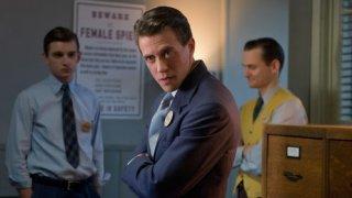 Manhattan: una scena dell'episodio The Prisoner's Dilemma