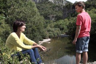 The last hammer blow: Clotilde Hesme con Romain Paul in una scena