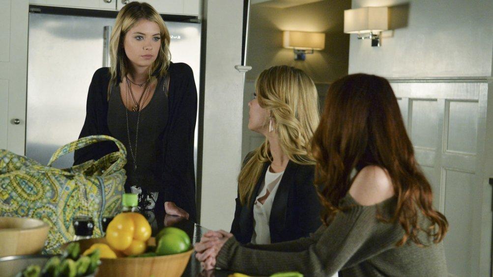 Pretty Little Liars: Ashley Benson nell'episodio Scream for Me