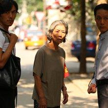 Red Amnesia: Zhong Lü insieme a Yuanzheng Feng e Hao Qin in una scena