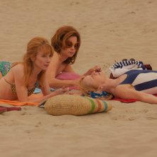To Life: Johanna ter Steege insieme a Julie Depardieu e Suzanne Clément in una scena