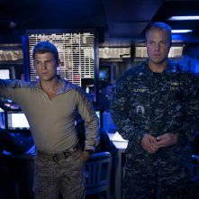 The Last Ship: Adam Baldwin e Travis Van Winkle nell'episodio SOS