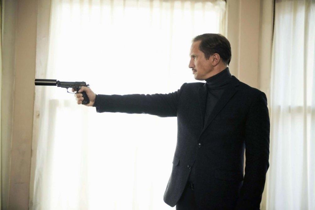 Benno Fürmann in una scena di A Hitman's Solitude Before the Shot