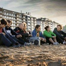 Tour de Force: una scena di gruppo in spiaggia tratta dal film