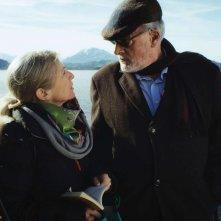 Schweizer Helden: Esther Gemsch con Klaus Wildbolz in una scena del film