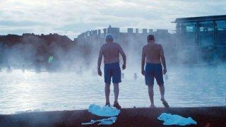Land Ho!: Paul Eenhoorn nelle acque islandesi con Earl Lynn Nelson in una scena