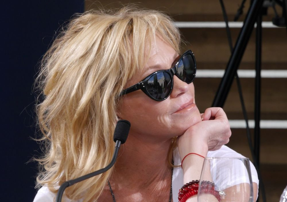 Melanie Griffith con gli occhiali da sole a Locarno 2014