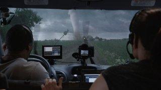 Into the Storm: cacciatori di tornado alle prese con la forza della Natura