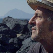Sul vulcano: Matteo, uno dei protagonisti del documentario, in una scena