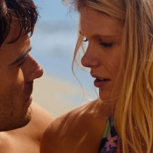 Giulio Berruti con Hannah Arterton in Walking in Sunshine