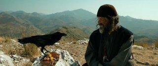 Words with Gods: Emir Kusturica in una scena tratta dall'episodio Our Life, da lui diretto
