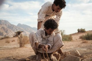 Jacir Eid insieme a Hussein Salameh in Theeb