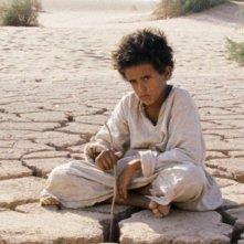 Theeb: Jacir Eid in una scena del film