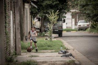 Messi: una sequenza del film di Álex de la Iglesia