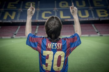 Messi: un'immagine del film di Álex de la Iglesia