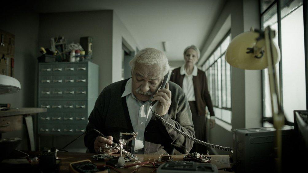 Mita Tova - The Farewell Party: un'immagine del film di Tal Granit e Sharon Maymon