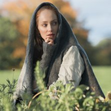 Outlander: Lotte Verbeek nell'episodio Castle Leoch