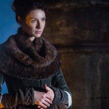 Outlander: Caitriona Balfe nell'episodio Castle Leoch