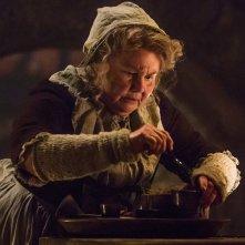Outlander: Annette Badland nell'episodio Castle Leoch