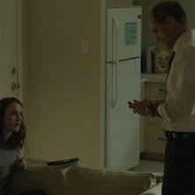 House of Cards: Rachel Brosnahan e Michael Kelly in Chapter 23