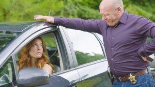 Under the Dome: Rachelle Lefevre e Dean Norris nell'episodio Awakening