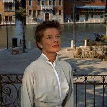 Katharine Hepburn in una scena di Tempo d'estate