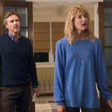 Colpa delle stelle:  Laura Dern e Sam Trammell in una scena
