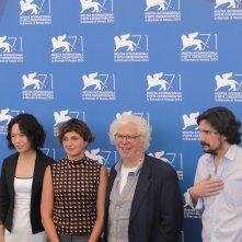 Venezia 2014: Alice Rohrwacher posa con la giuria per l'opera prima