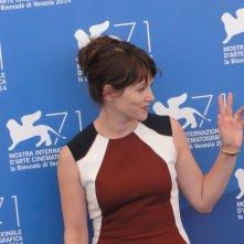 Venezia 2014: Barbora Bobulova posa al photocall di Anime nere