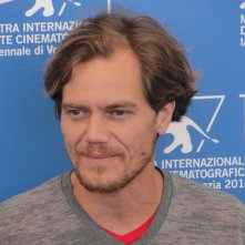Venezia 2014: un sorridente Michael Shannon al photocall di 99 Homes