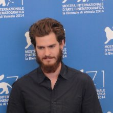 Venezia 2014: Andrew Garfield al photocall di 99 Homes