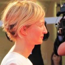 Alba Rohrwacher, protagonista di Hungry Hearts sul tappeto rosso della 71esima Mostra del Cinema di Venezia