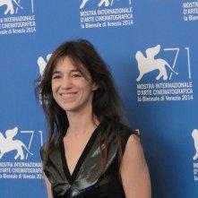 Nymphomaniac Volume II: Charlotte Gainsbourg posa al photocall di Venezia 2014