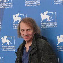 Venezia 2014: Michel Houellebecq posa al photocall di Near Death Experience