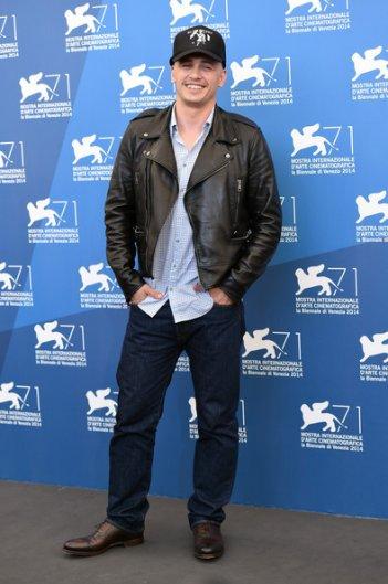 Venezia 71: James Franco, regista e interprete de L'urlo e il furore, e il suo nuovo look