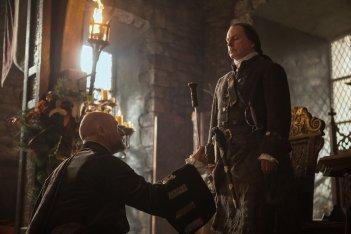 Outlander: una scena dell'episodio The Gathering